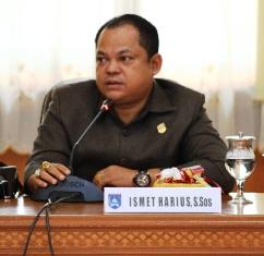 Ismet Harius--Anggota DPRD Kota Payakumbuh