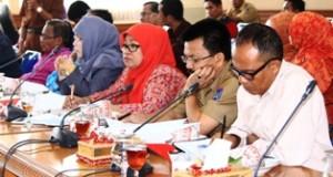Para kepsek SLTP dan SLTA se Kota payakumbuh hearing dengan Pansus III DPRD Payakumbuh