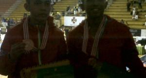 Pasangan Embu putra Kyu Kenshi Anggi Prasetya dan Vijay Maulana menyumbang satu keping medali perunggu untuk kontingen Kempo Sumbar di Kejurnas Pra PON XIX di Jawa Barat.