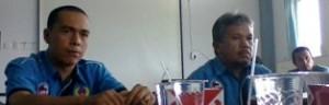 Bendahara KONI Ramadhoni dan Ketua KONI Davis Emha