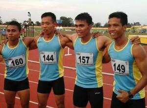 Empat pelari tercepat Sumbar yang sukses meraih emas pada nomor bergengsi 4X100 meter.
