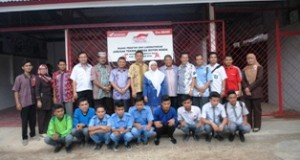 PT Astra Honda Motor mempercayakan ruang praktek dan laboratorium Teknik Sepeda Motor yang dibinanya kepada Sekolah Menengah Kejuruan Negeri (SMKN) 1 Kecamatan Suliki