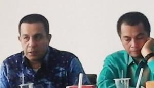 Wakil Ketua DPRD Sastri Andiko Datuak Putiah dan Ketua Komisi II Wardi Munir