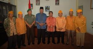 LVRI bersama Bupati Irfendi Arbi dan Wakil Bupati Ferizal Ridwan