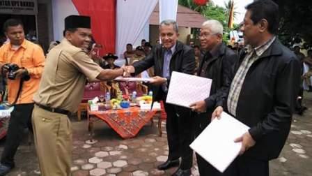 Camat Sungai Limau Drs. Rahmang meraih peringkat terbaik pada Penilai Kompetensi Camat Tahap II Tingkat Provinsi Sumatera Barat tahun 2016