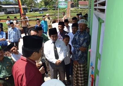 Wakil Bupati Ferizal Ridwan saat meresmikan Masjid Nurul Yaqin di Nagari Mungo Kecamatan Luak.