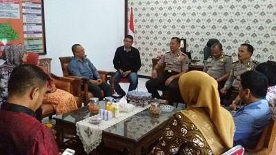 Kapolres Payakumbuh AKBP Kuswoto menerima dan berkoordinasi dengan KPU dan Panwaslih Kota Payakumbuh.