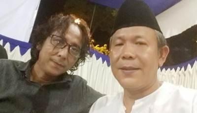 Ajang tarung puisi Pinto Janir versus Andria C Tamsin dalam memeriahkan HUT Proklamasi Indonesia yang akan dilangsungkan di Padang pada tanggal 17 Agustus mendatang.