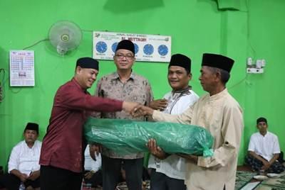 Tim Safari Ramadhan (TSR) Provinsi Sumatera Barat,  Minggu (12/1) mengunjungi dua masjid di Kota Payakumbuh.