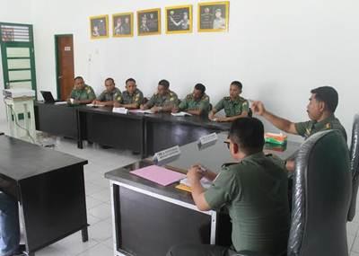 Irdam I/BB Kolonel Inf Hardani Lukitanta Adi menyampaikan tentang betapa luas wilayah Kodim 0311/Pessel, sehingga perlunya satuan ini menciptakan kondisi yang aman.