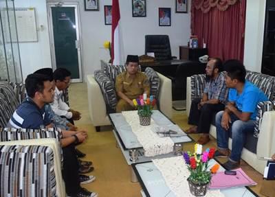 Tokoh adat KAN Koto Tuo, Kecamatan Harau, Wabup Ferizal Ridwan guna menyampaikan aspirasi.
