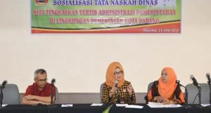 Sosialisasi tata naskah dinas, diiukuti ASN di lingkungan Pemko Padang, di Grand Inna Muara Hotel Padang, Kamis (23/6).