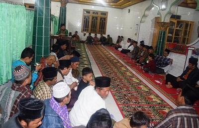 Wabup Ferizal Ridwan berikan tausiah dan sosialisasi ke masyarakat saat mengunjungi Masjid Istiqamah Baruahgunuang