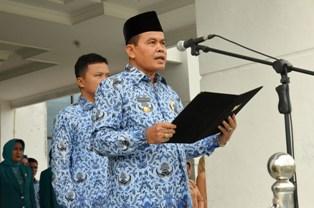 Walikota Pariaman Mukhlis Rahman membacakan sambutan peringatan HANI 2016 (foto/humas)