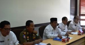 Rapat dan Evaluasi Kinerja Kecamatan tahap kedua di pimpin langsung Suhatri Bur