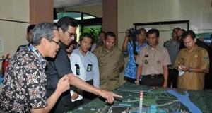 Gubernur Irwan Prayitno melakukan kunjungan meninjau sektor pembangkitan ombilin, Selasa (28/6) siang.