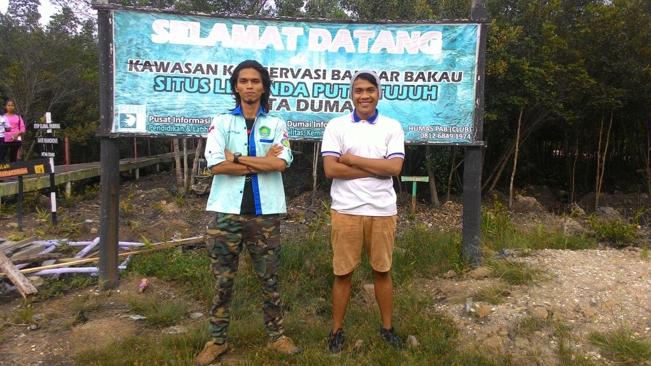 Wanda Syahrian, bersama mahasiswa Riau lainnya berada di kawasan Bandar Bakau, Dumai.