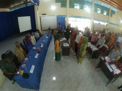 Suasana Pelantikan 48 PPL 5 Panwas Kecamatan di Payakumbuh