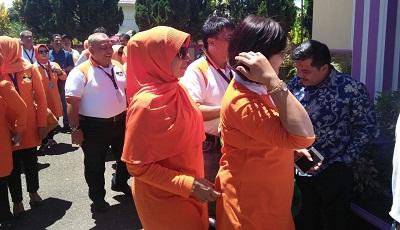 Ikasmantri '82 saat di rumah dinas Sekdako Payakumbuh Benni Warlis.