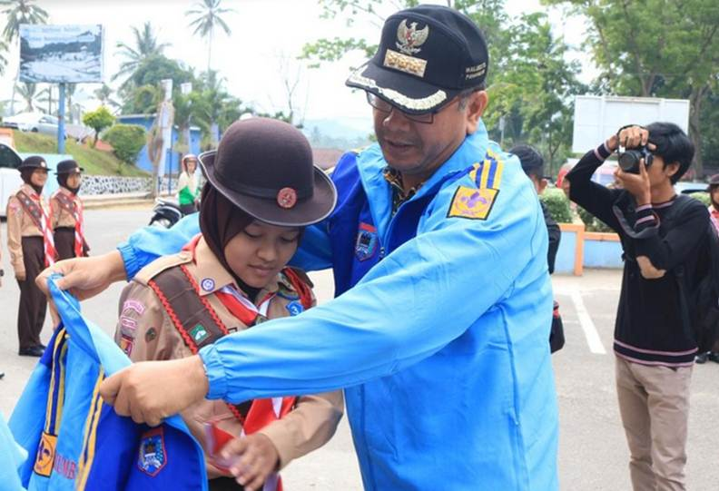 Kontingen Pramuka Payakumbuh Dilepas Walikota ke Jamnas X Cibubur