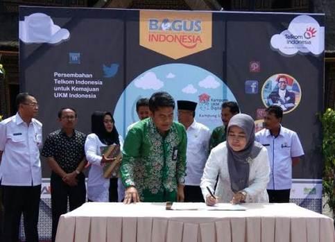 PT Telkom Bantu Payakumbuh Bentuk Kampung UMKM Digital