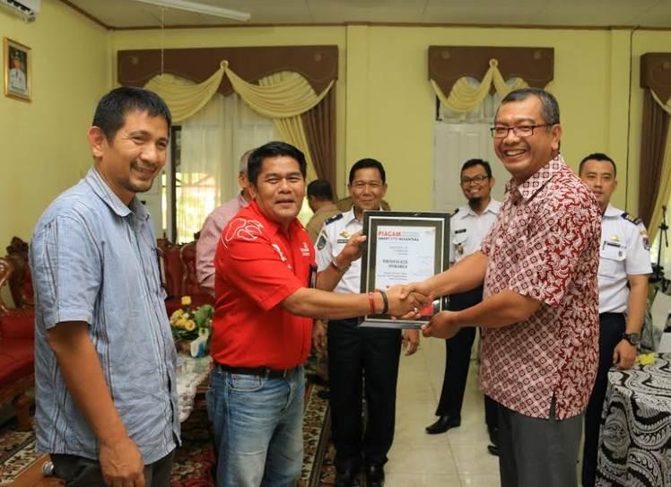 Payakumbuh Terima Penghargaan ISCN dari PT Telkom Indonesia