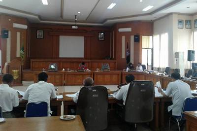 Pembahasan KUA-PPAS Dilakukan Maraton, Wakil Ketua Suparman: Jaga Kebugaran