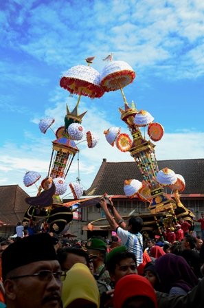 Pesta Budaya Tabuik Piaman