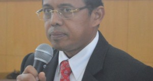 Rektor UNP Prof. Ganefri.