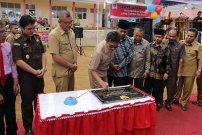 Gubernur Irwan Prayitno Resmikan SMAN 5 dan SMKN IT Payakumbuh