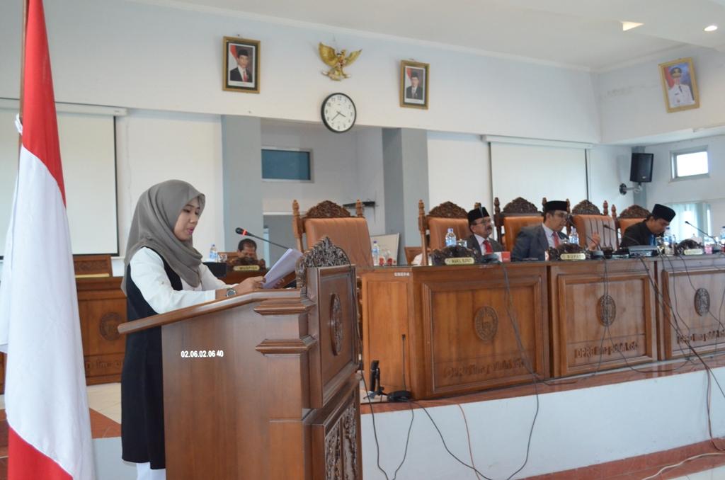 Dela Ermaifa, Juru Bicara Fraksi Partai Golkar DPRD Lima  Puluh Kota