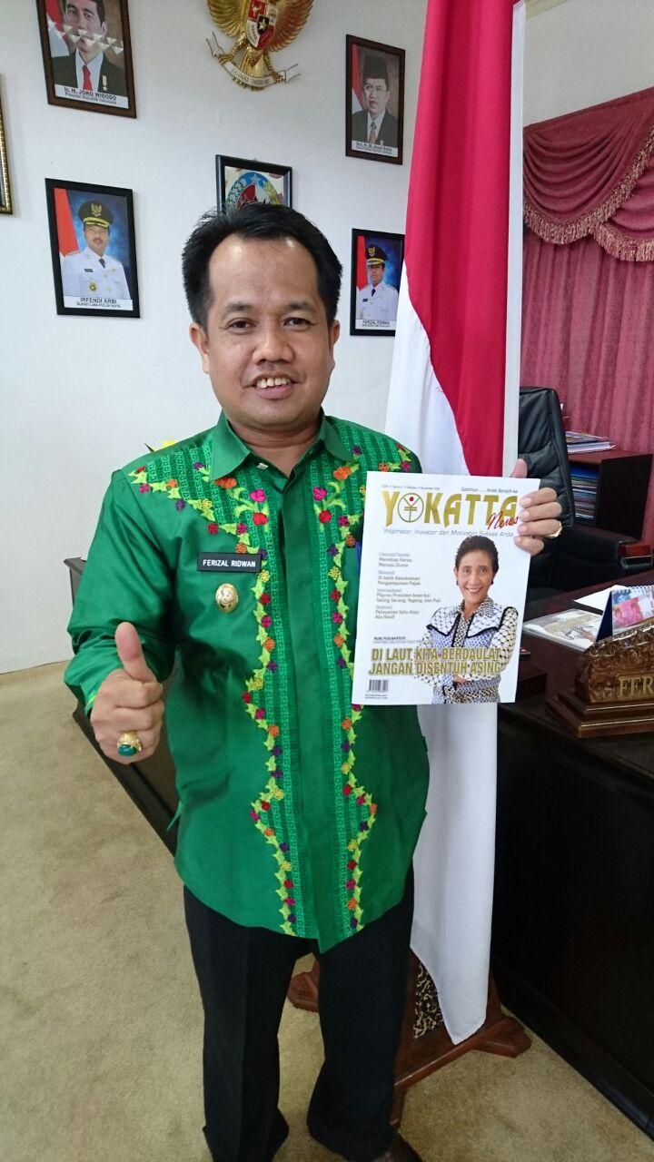 "Wabup Ferizal Ridwan berikan dukungan bagi Sumatera Barat yang tengah berkompetisi pada iven World Halal Tourism Award 2016, sembari mempromosikan gerakan destinasi wisata ""Harau Menuju Dunia"" ke berbagai ruang media."