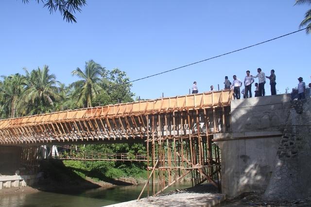 Jembatan Kampung Galapung Salah satu penghubung bagi masyarakat setempat