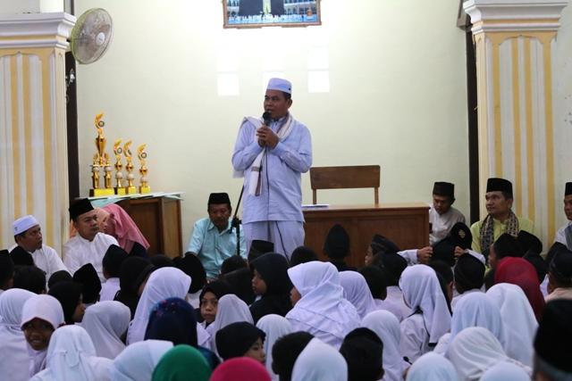 wako beri sambutan apel akbar didikan subuh di musholla balaikota pariaman