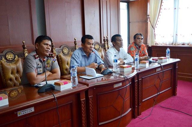 wako pimpin rapat dengan para pengcab untuk persiapan kontingen kota pariaman ikuti porprov sumbar di kota padang