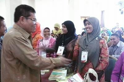 """Dialog Pendidikan WR3 UNP dan Peserta PPLP Angkatan 4 """"Jadikan Guru Profesi Yang Terhormat"""""""