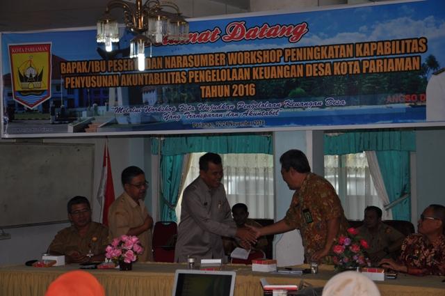 Mukhlis Rahman Menghadiri Workshop di Hotel Nantongga Pariaman Selasa, 22-11-2016