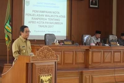 Plt. Walikota Payakumbuh H. Priadi Syukur SH.MH Sampaikan RAPBD 2017