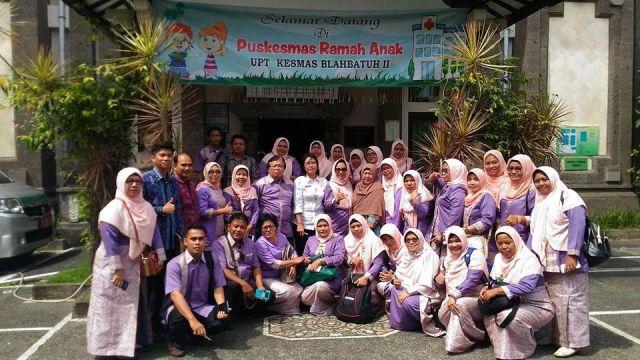 Kadis Kesehatan Aspinuddin bersama rombongan dalam rangka kaji banding ke Puskesmas Blahbatu II Kab. Gianyar, Bali, Rabu (7/12)