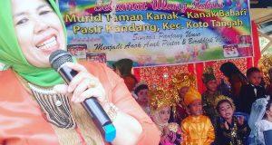 Ketua IGTKI PGRI Kota Tangah Uniang Syafni