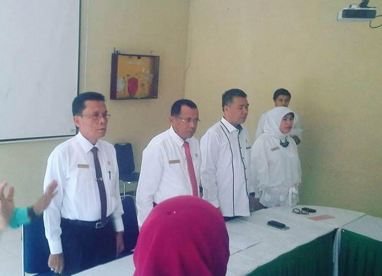 Anggota Senat FPP Dikukuhkan Rektor UNP Padang