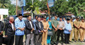 Bupati Irfendi Arbi melakukan penyambutan Tim Penilai Kompetensi Camat Terbaik 2017 dari Provinsi Sumatera Barat di Kantor Camat Payakumbuh, Rabu (17/5/2017).