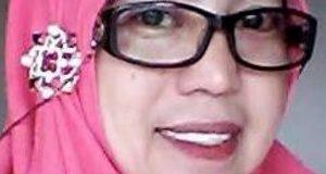 Kepala sekolah SMA Nusantara Payakumbuh, Elidawati