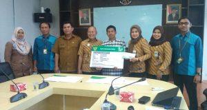BPJS Kesehatan Serahkan Santunan Kartu Indonesia Sehat pada Payakumbuh, Limapuluh Kota dan Tanah Datar