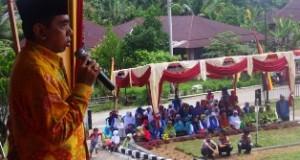 Asyirwan Yunus, M.Si memberikan Sambutan Pada Acara Pelantikan BKMT Kecamatan Kapur IX