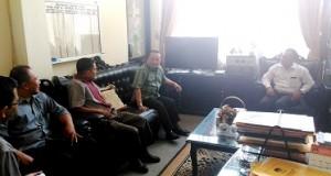 H Almaisyar silaturahmi ke KPU Kota Payakumbuh