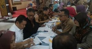 Sekretaris Dinas Tenaga Kerja & Transmigrasi Limapuluh Kota Saiful SP