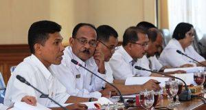 Tim Ranperda dari Eksekutif yang di Pimpin oleh Stah Ahli Walikota Bidang Hukum dan Politik Dafrul Pasi. SIP. MM
