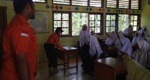BPBD Sosialisasikan Pengurangan Resiko Bencana di SMPN 4 Ampalu